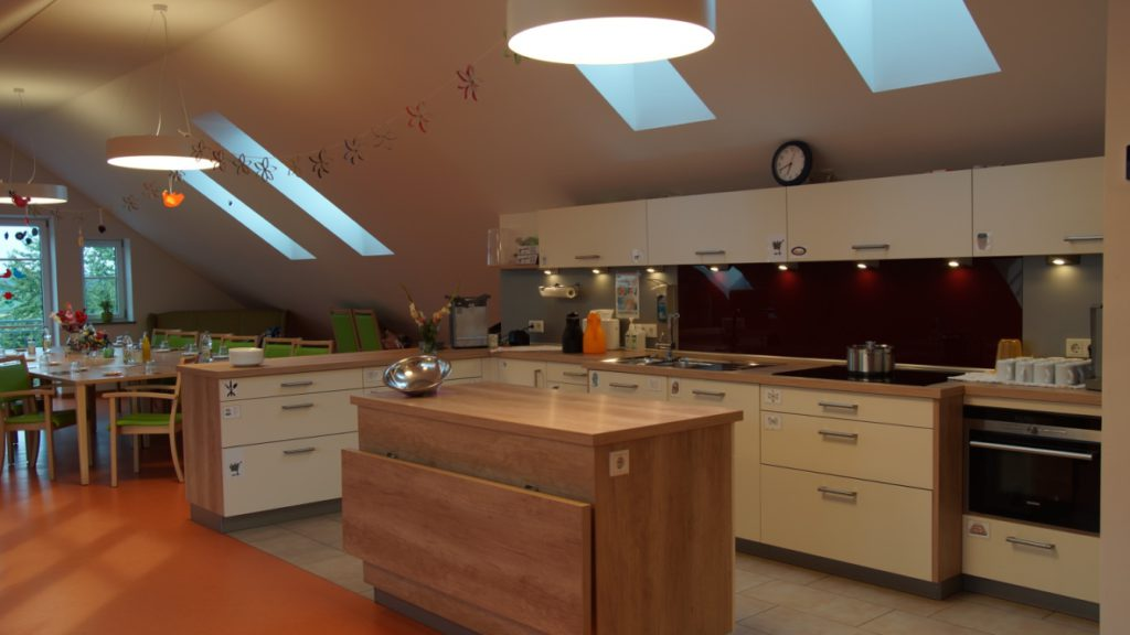 KücheundEssbereich-Landau